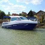 bluestar-holiday-cabin-outboard1